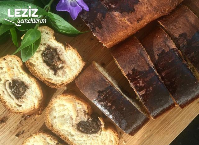 İçi Çikolatalı Bisküvili Çörek