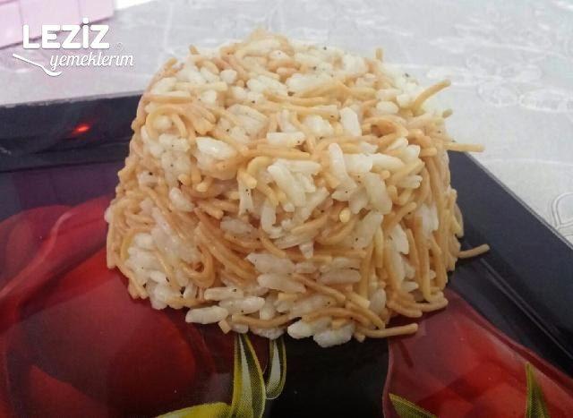 Şehriyeli Pirinç Pilavi Tarifi