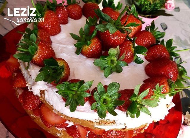 Çilek Rüyası Pastam (Çok Pratik)