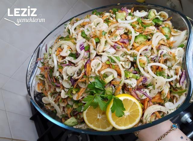 Bol Malzemeli Çok Lezzetli Makarna Salatası