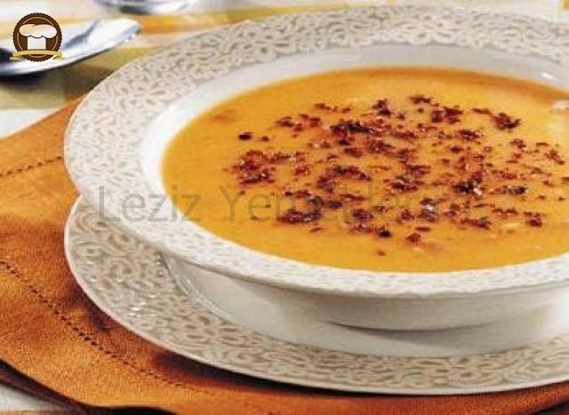 Göceli Tarhana Çorbası