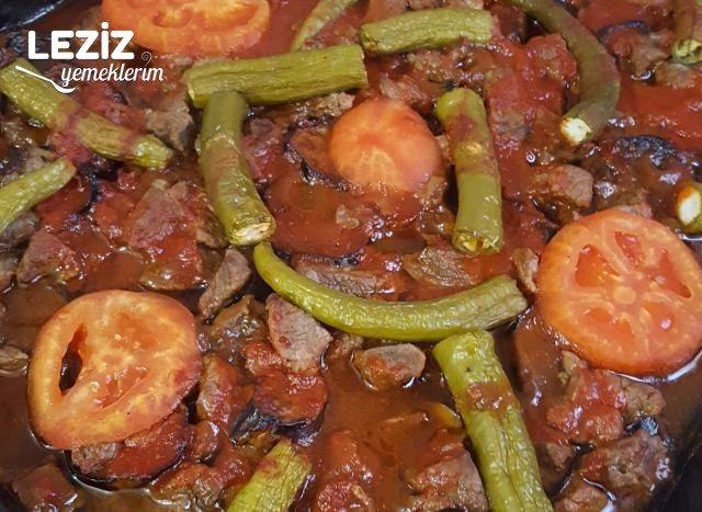 Patlıcanlı Kuzu Etli Fırında Yemek