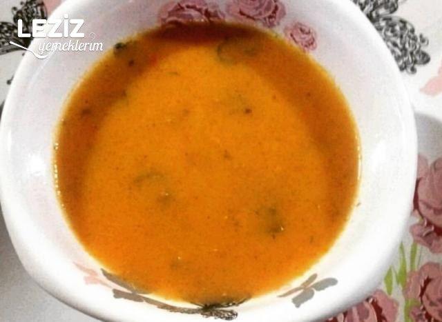 Kemik Suyuna Tarhana Çorbası