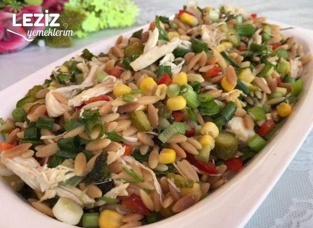 Tavuklu Şehriye Salatası Tarifi Nasıl Yapılır