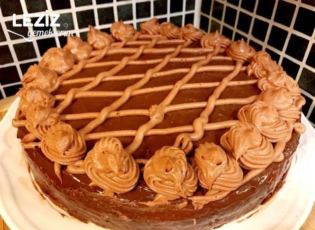 Çok Pratik Yaş Pasta Tarifi