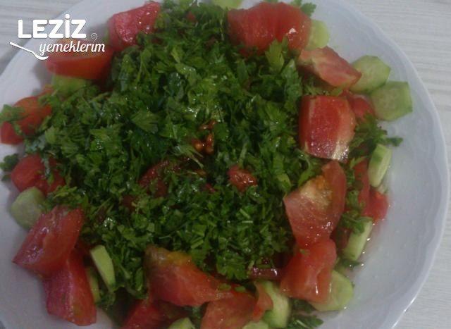 Çoban Salata Yapımı