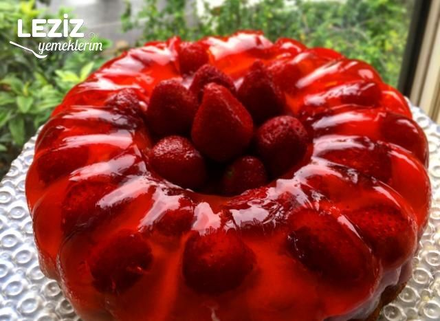 Çilekli Kek Yapılışı