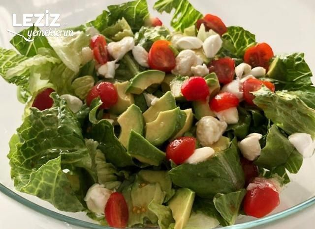 Avokadolu Peynirli Salata
