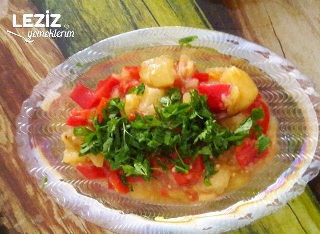 Közlenmiş Biber Patlıcan Salatası