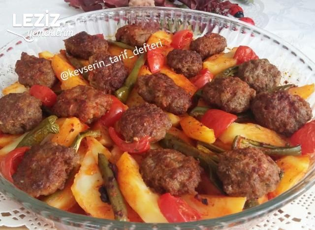 Fırında Pratik Köfte Patates