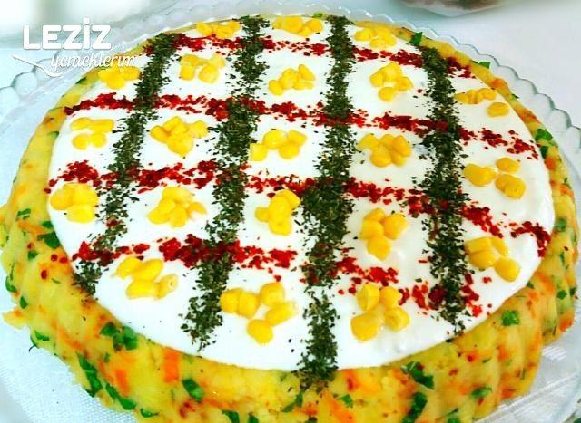 Tart Kalıbında Yoğurtlu Patates Salatası