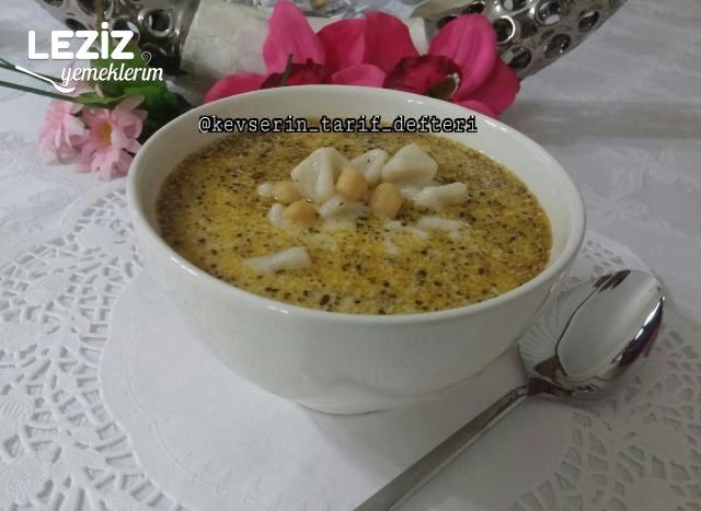 Mantı Çorbası (Yoğurtlu Nohutlu)