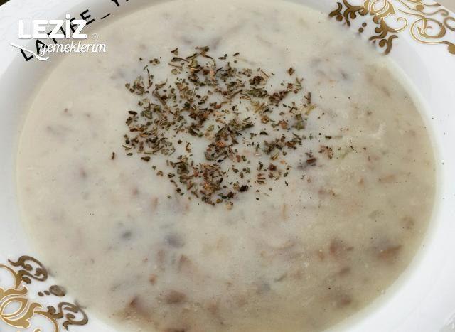 Kremasız Mantar Çorbası