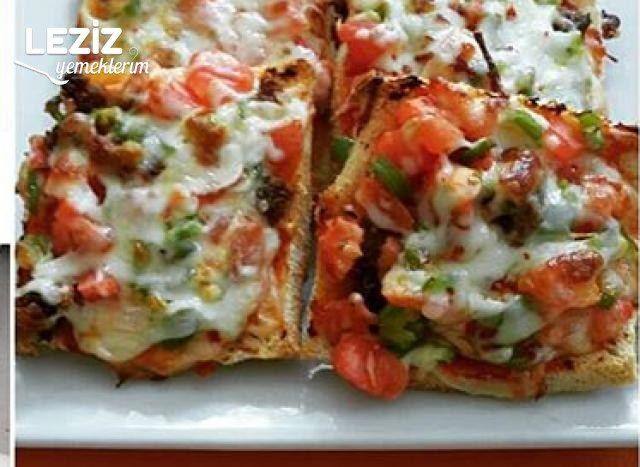 Pratik Tost Ekmeğiyle Pizza