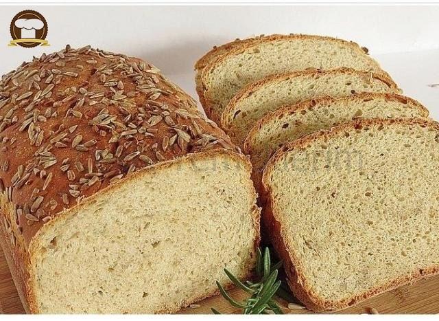 Susamlı Ve Çekirdekli Ekmek