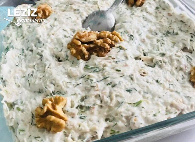 Nefis Yoğurtlu Tavuk Salatası