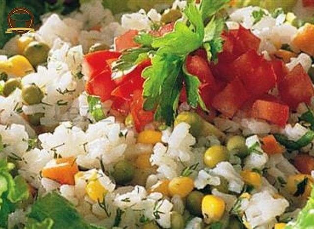 Diyet Pirinç Salatası