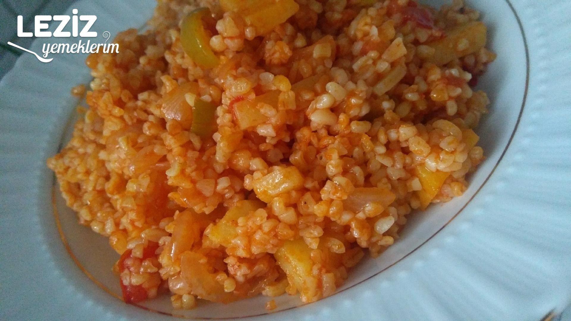 Kalorisi Az Sebzeli Bulgur Pilavı Tarifi