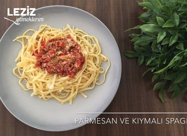 Parmesanlı Kıymalı Spagetti (Videolu)