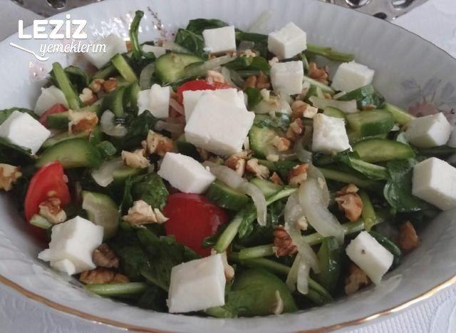 Lezzetli Roka Salatası