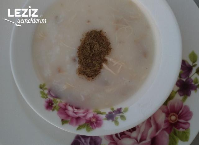 Pirinçli Tavuk Suyu Çorbası