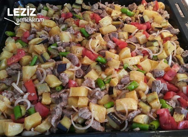 Fırında Etli Sebzeli Yemek