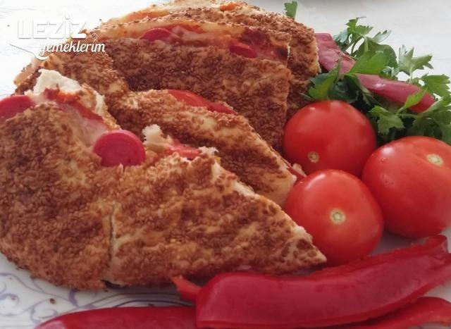 5 Dakikada Nefis Simit Pizza Tostu