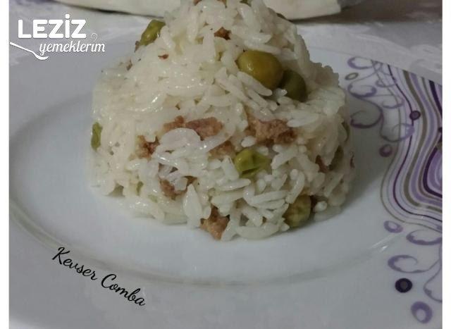 Kıymalı Bezelyeli Pirinç Pilavı Tarifi