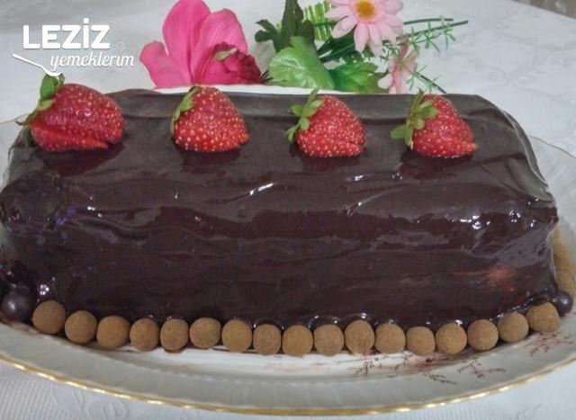 Çikolatalı Meyveli Parfe (14 Gün Dondurucuda Kalan)