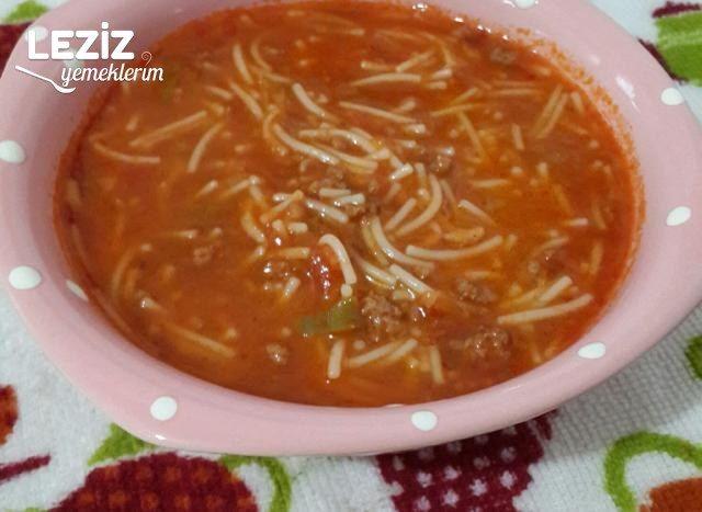 Kıymalı Sebzeli Tel Şehriye Çorbası
