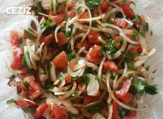 Nefis Çoban Salatası Tarifi