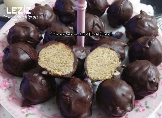 Çikolata Topları (3 Malzemeli - Çok Pratik)