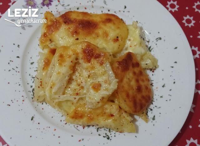Fırında Baharatlı Kaşar Peynirli Patates