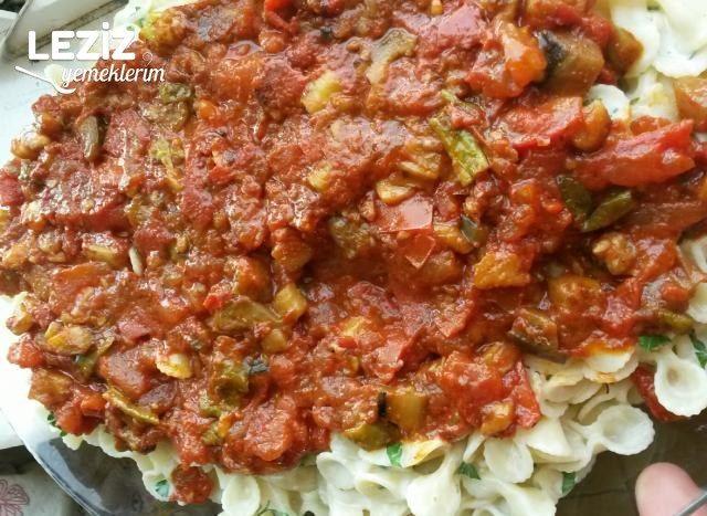 Yoğurtlu Patlıcanlı Makarna
