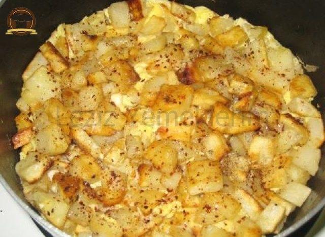 Patates Kavurma Yumurtalı