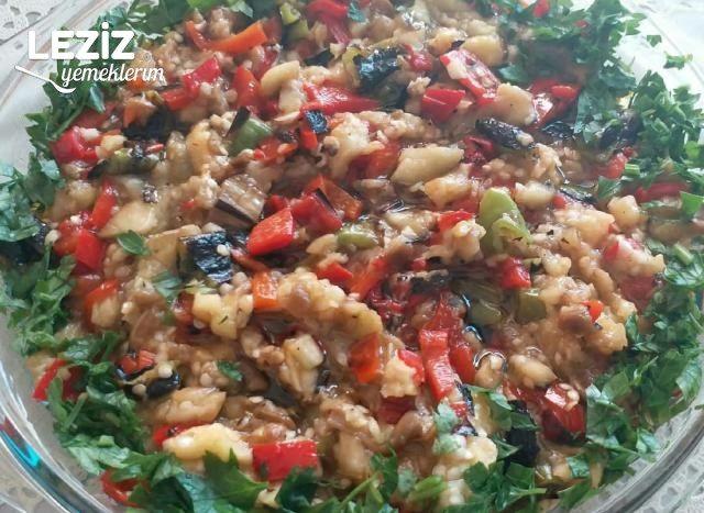 Köz Patlıcan Salatası Nasıl Yapılır