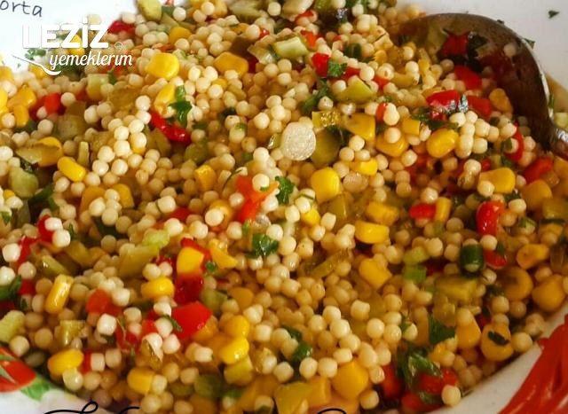 Köz Biberli Kuskus Salatası