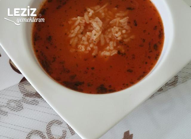Salçalı Pirinç Çorbası