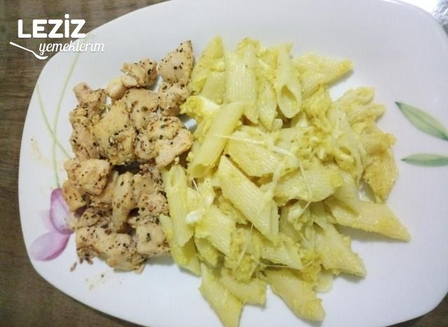 Körili Kremalı Makarna Ve Tavuk