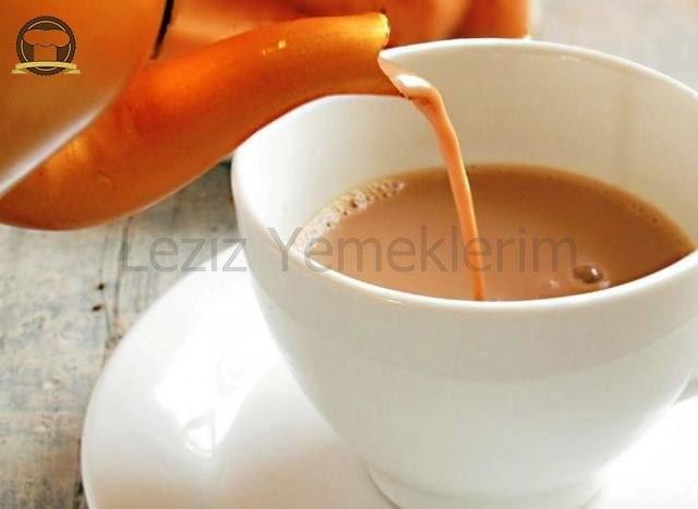 Çay (Tam Yağlı Süt İle)