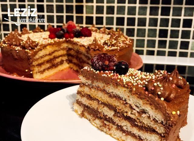 En Pratiğinden Yaş Pasta