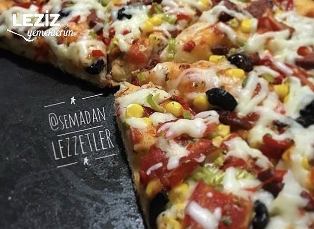 Evde Karışık Pizza Nasıl Yapılır