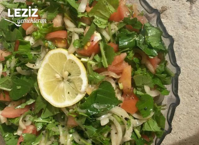 Roka Piyazı (Balık Yanına Enfes Salata)