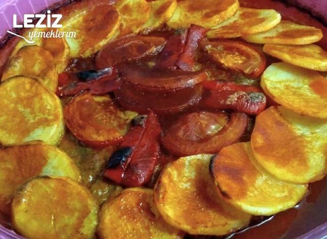Patatesli Tepsi Kebabı Tarifi
