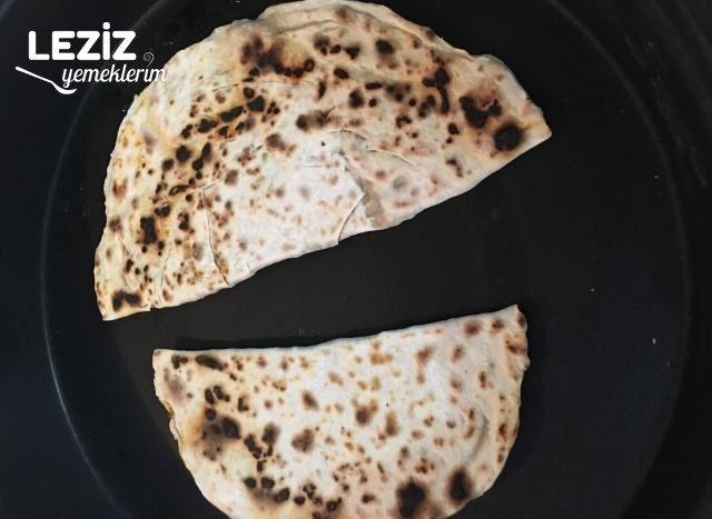El Açması Ispanaklı Börek Tarifi (Mutlaka Deneyin)