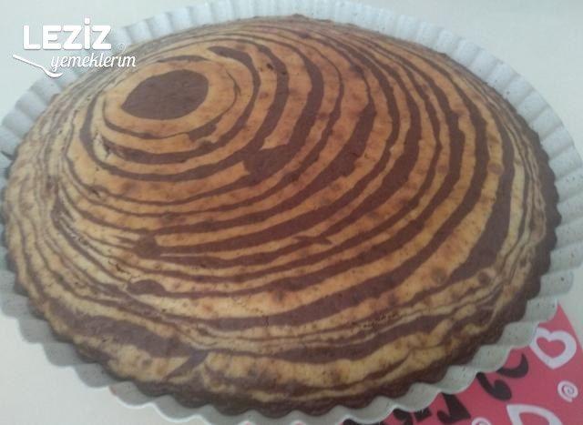 2 Renkli Kek (Kakaolu Ve Cevizli)