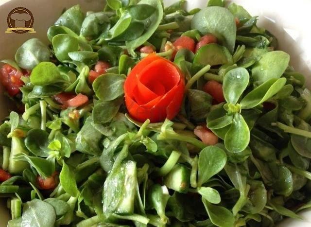 Soğanlı Semizotu Salatası