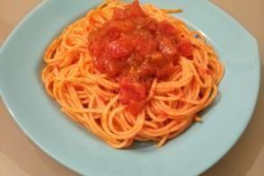 Çok Pratik Soslu Spagetti