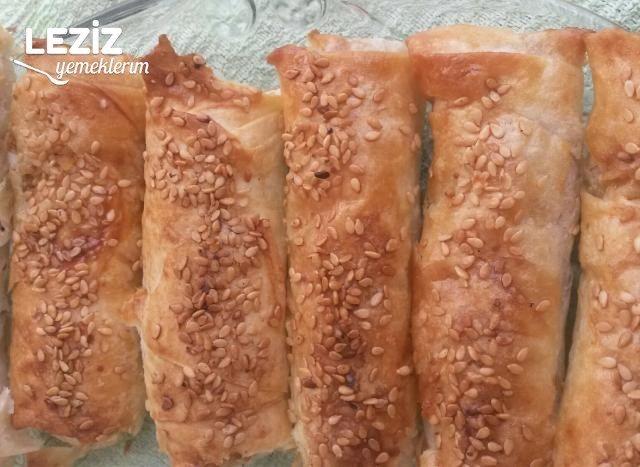 Simit Tadında Patatesli  Börek