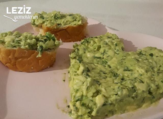 Nefis Avokado Salatası